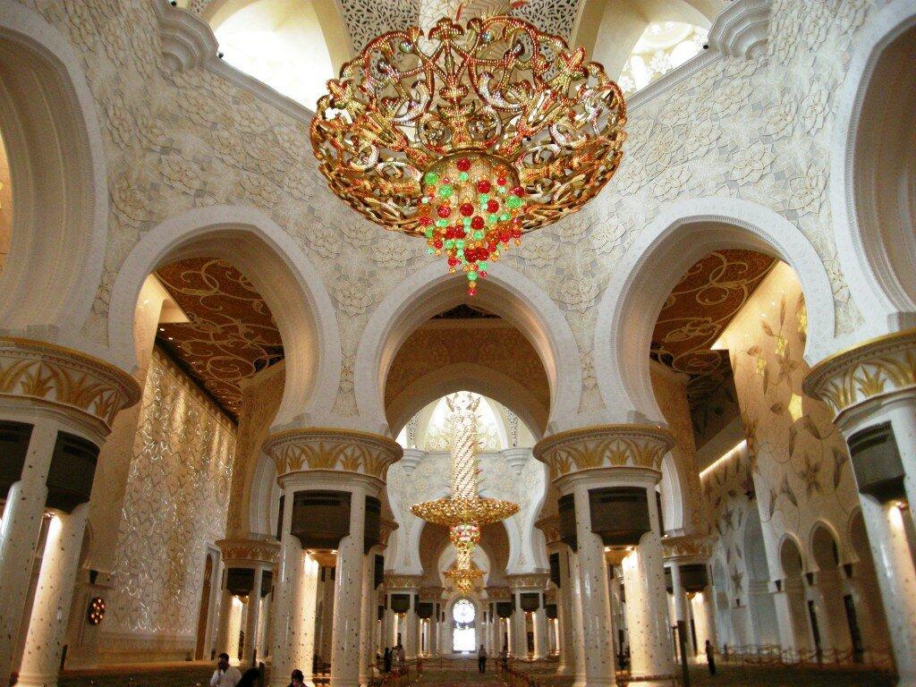 Sheikh Zayed Grand Mosque - wnętrze