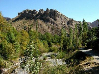 W dolinie Alamut