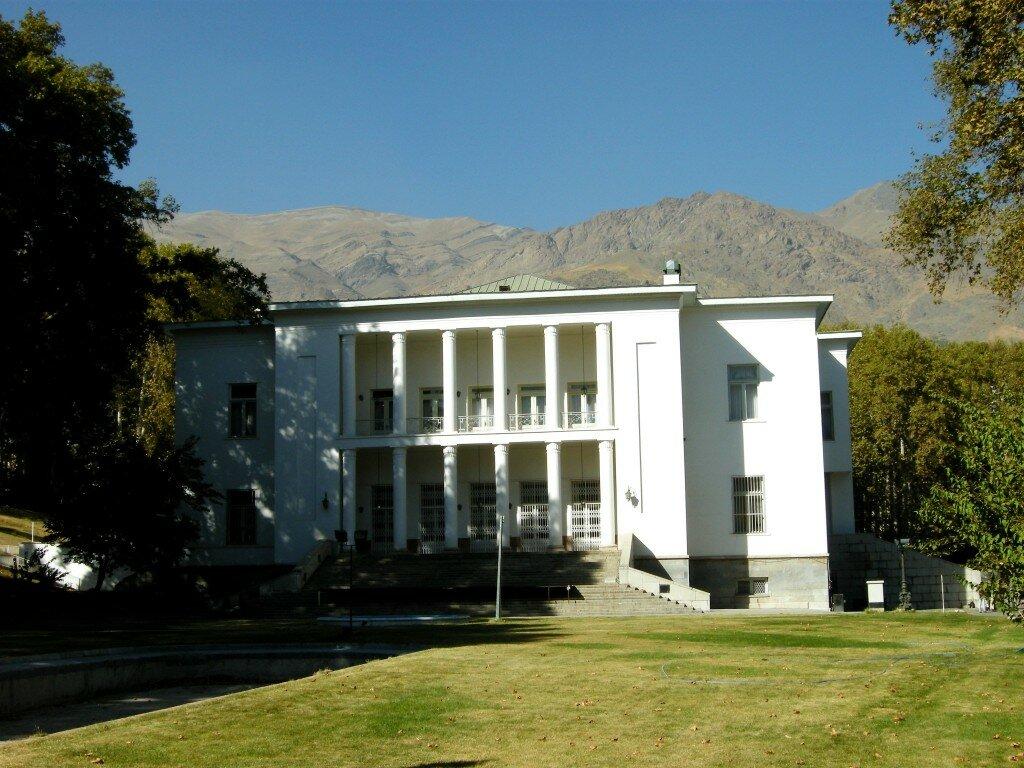 Saadabad - prawie, jak Biały Dom